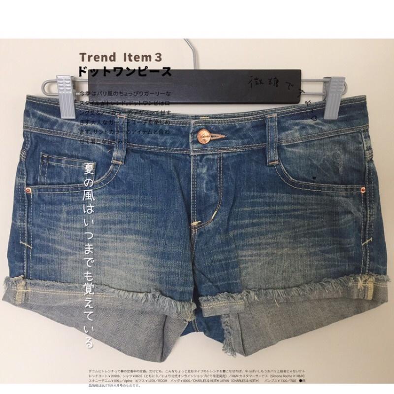 big train 大列車 低腰 合身 褲管反折 學院風 牛仔短褲 名牌 個性口袋設計學生妹必備款 名牌 專櫃