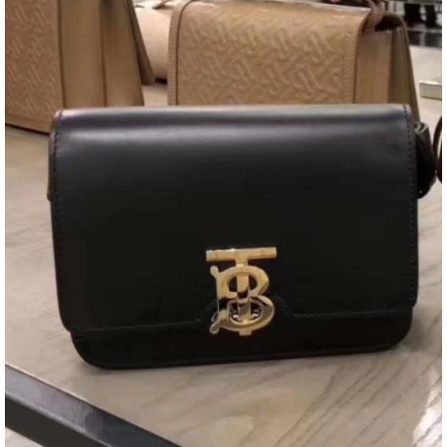 二手精品代購BURBERRY TB Logo Bum Bag 皮革 腰包 皮帶包 黑色 胸口 99新