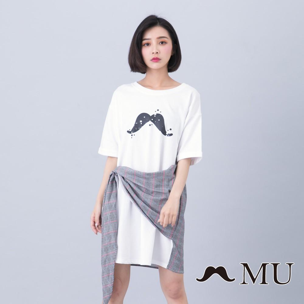 maru.a (93)胸前鬍子印花拼接格紋五分袖洋裝(白色)