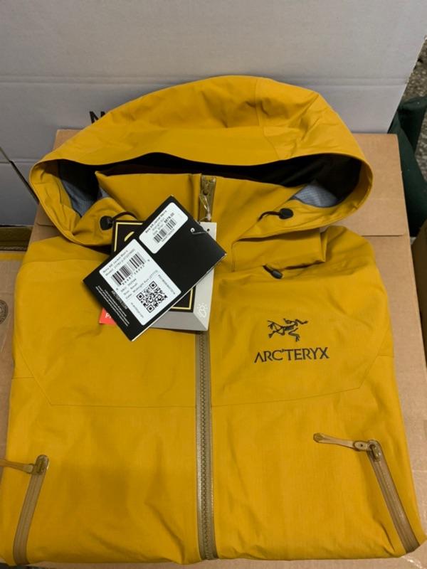 *預訂款* Arc'teryx 始祖鳥 BETA AR GORE-TEX pro 多地形外套
