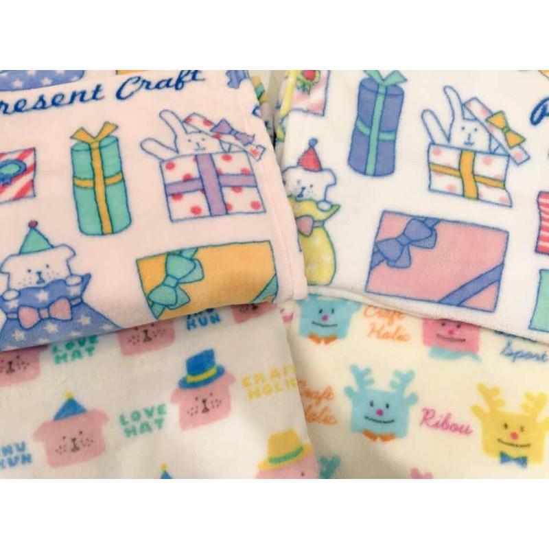 🧶冬天必備毛毯·現貨✔️Craftholic 超舒服的小毯子 麋鹿 雀斑狗 綠色星星 粉色好朋友 宇宙人 聖誕節
