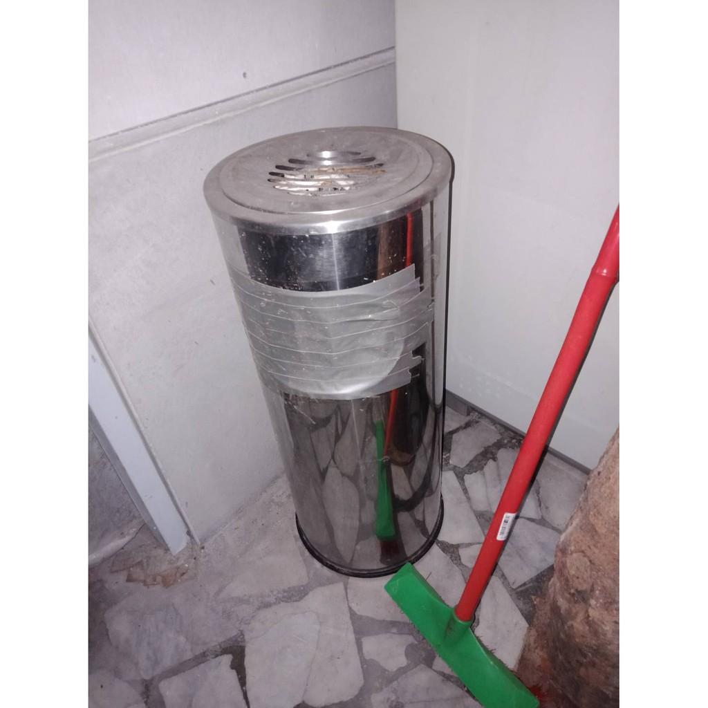 二手不銹鋼煙灰缸 垃圾桶/直立式煙灰缸/落地煙灰缸隨便賣