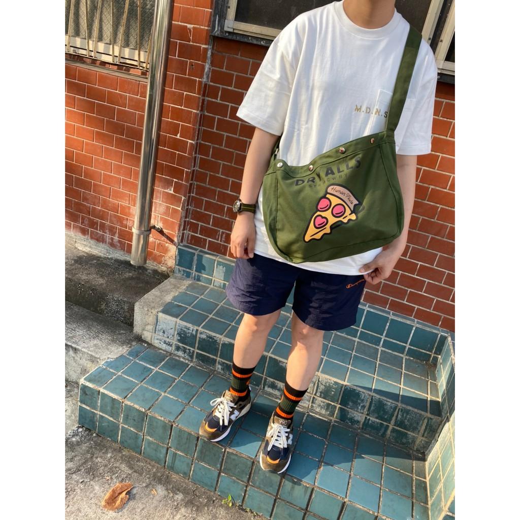 【Manta-rex】現貨 Human made Mini Canvas Paperboy Bag 斜背包 帆布包包