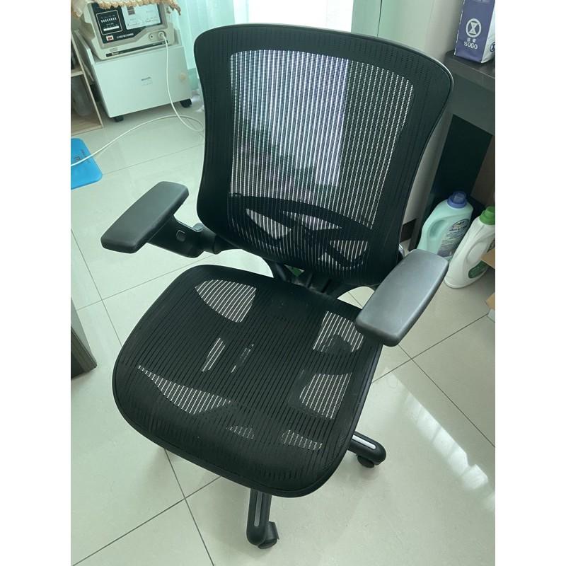 Costco Bayside 網狀透氣辦公椅