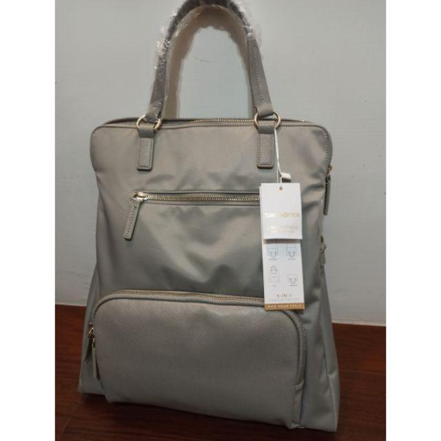 全新 的背包可以放 筆電 捷運大橋頭面膠免運費
