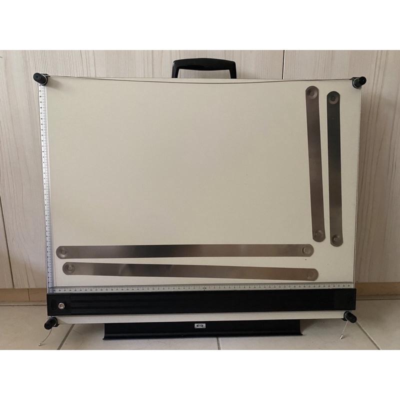 二手*攜帶式桌上型磁性製圖板A2 47x60附防塵背袋