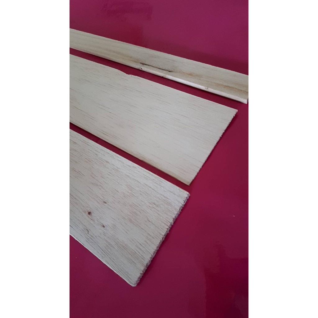 科工館競賽手擲機NG福利品-規格:巴爾莎木x2、白楊木x1