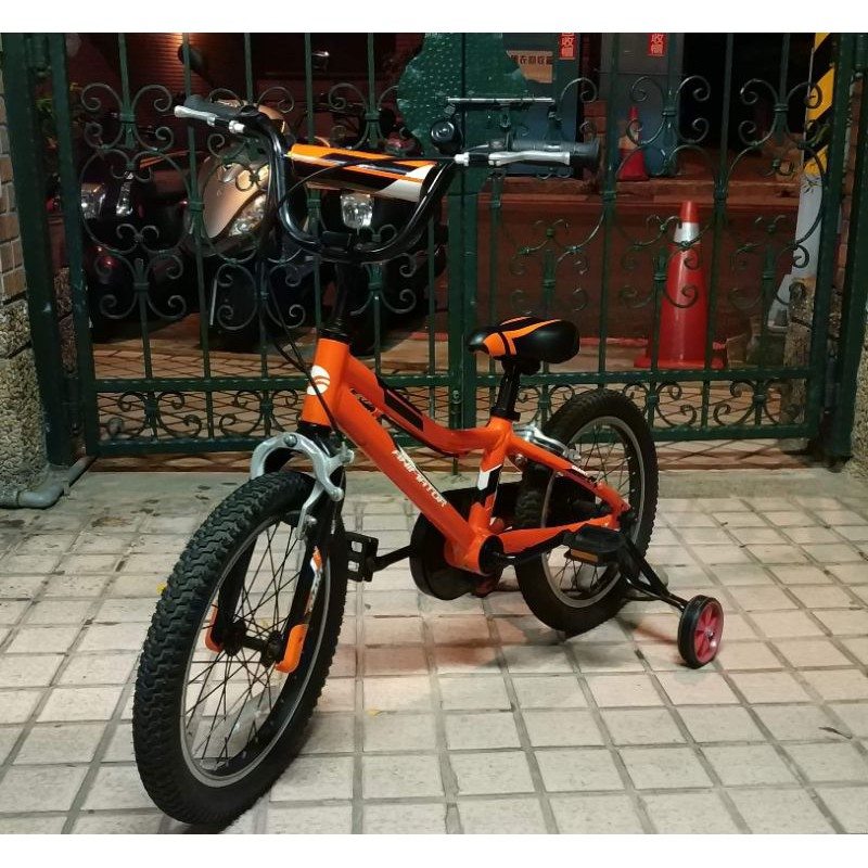 近新Giant ANIMATOR  捷安特16吋兒童腳踏車(贈輔助輪)