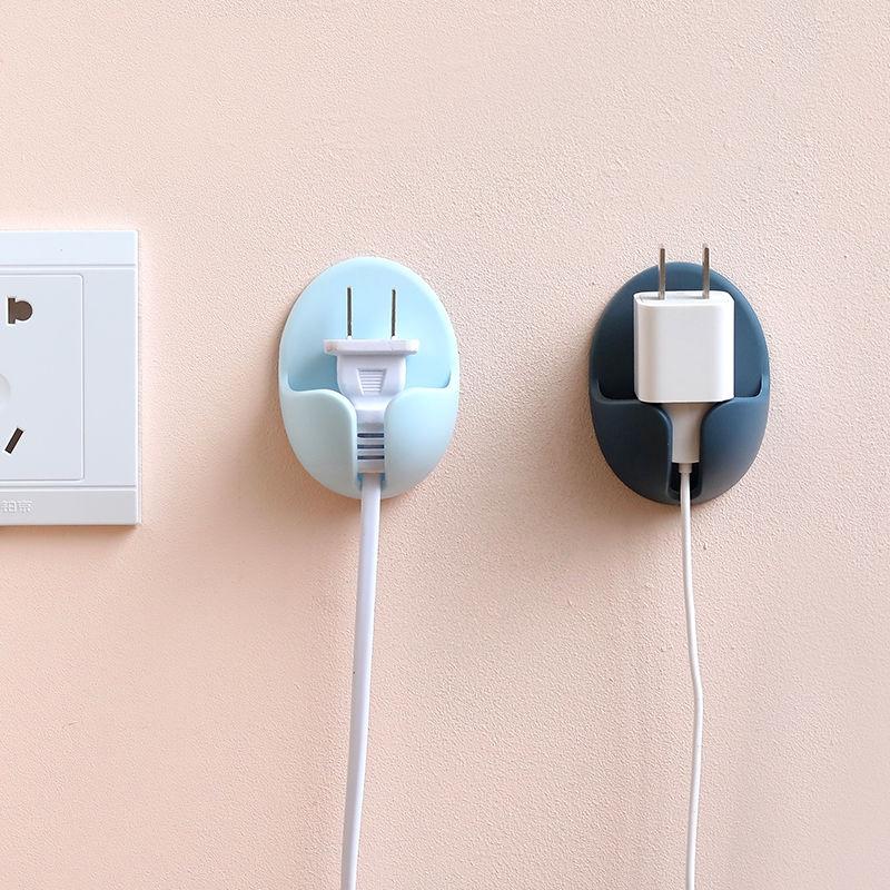 電源插頭免打孔掛鉤 廚房電線收納壁掛粘貼式 牆壁壁掛 創意強力粘鉤