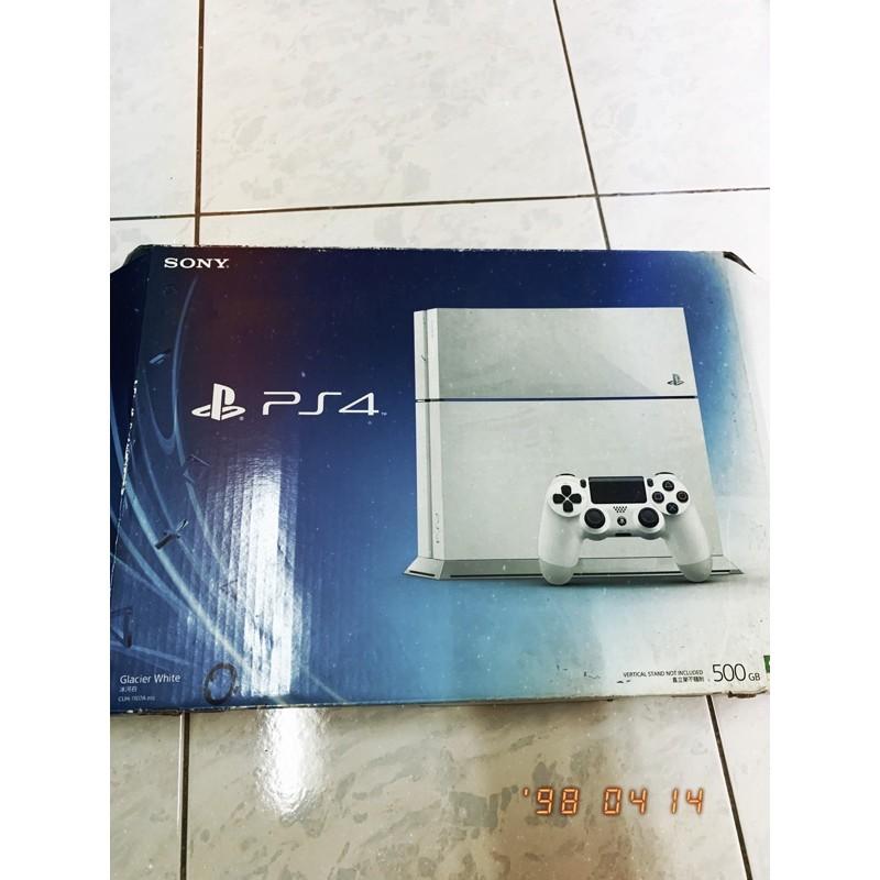 《退坑大禮包》PS4主機1107A+雙手把+直立架+帳號+6款遊戲