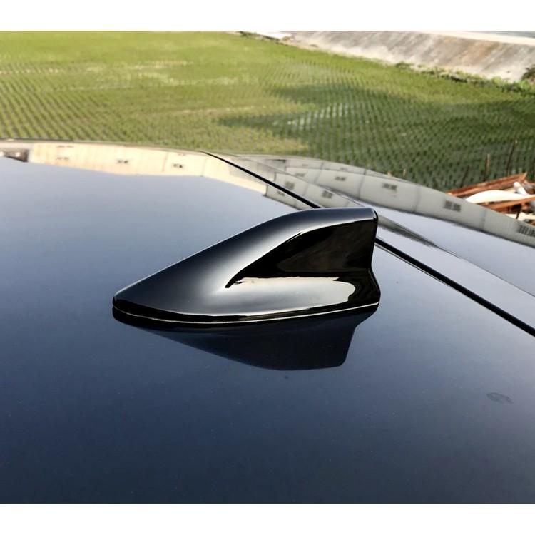 圓夢工廠 Hyundai Super Elantra / Elantra Sport 可裝 日系造型鯊魚鰭天線蓋 烤漆黑