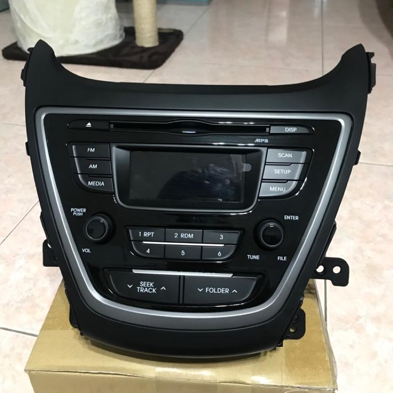 現代 ELANTRA 原廠音響主機 支援USB AUX AM FM CD 含飾版