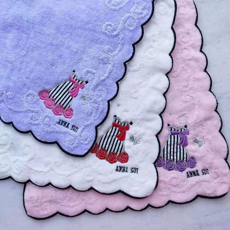 日本尾單ANNA SUI維基伍德毛巾方巾手帕100%棉25*25cm手感柔軟獨特的設計相當吸睛女生配件精品台灣現貨