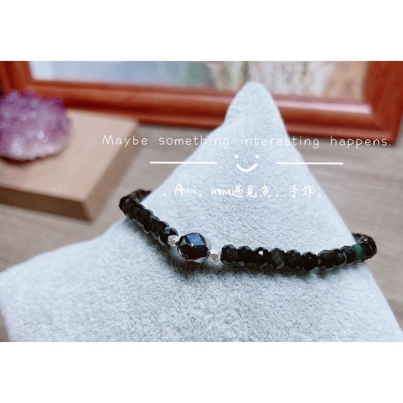 R383✨鈦赫茲✨黑彩曜天然石✨925純銀角珠配件 手鍊。彈性繩。適合手圍:14.5~14.8cm✨極度避邪石✨✨✨