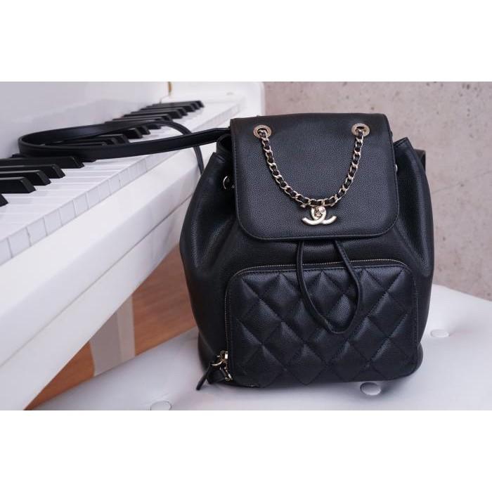 全新專櫃正品 Chanel A93748 Backpack 荔枝紋後背包 黑金鍊