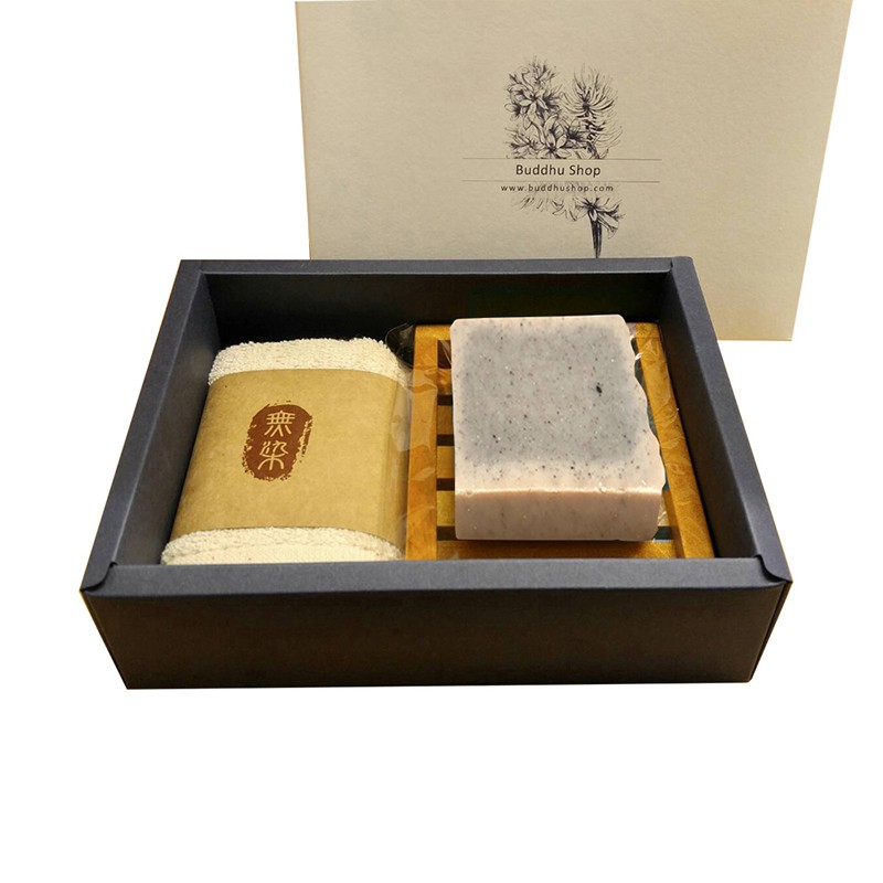 布度工坊 Buddhu Shop 台灣黑芝麻皂 (無精油) 台灣檀木 無染毛巾 皂盤 手工皂 禮盒組