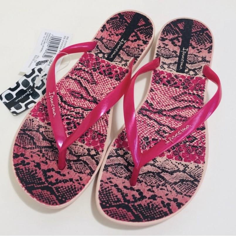 **IPANEMA**巴西夾腳拖鞋(舒適鞋底 蟒蛇紋 人字夾腳平底拖鞋) 桃紅色