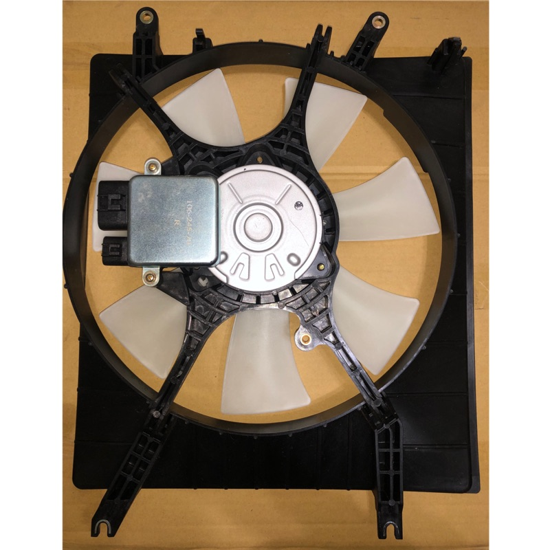 中華 三菱MITSUBISHI SAVRIN 2.4 05- 水箱風扇總成 含電阻 水扇 水箱散熱馬達