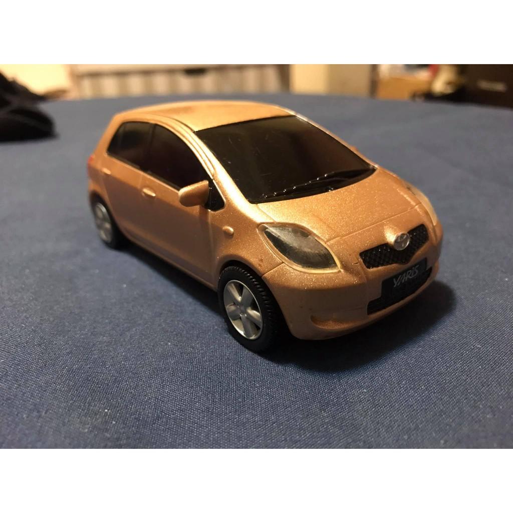 Toyota 台灣豐田原廠迴力車 Yaris 模型車 1/32 二手品 無盒 無缺件