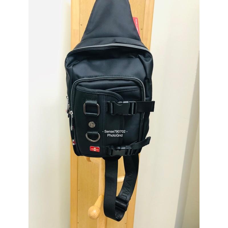 奴曼尼NUMANNI 70-63211 斜胸包 肩背包 側背包 多功能分類 黑色