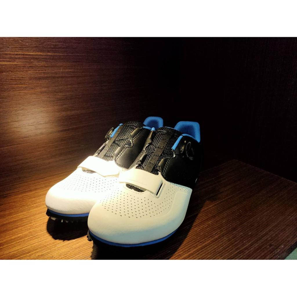 【快捷單車】新色~GIANT硬底鞋二代-黑白