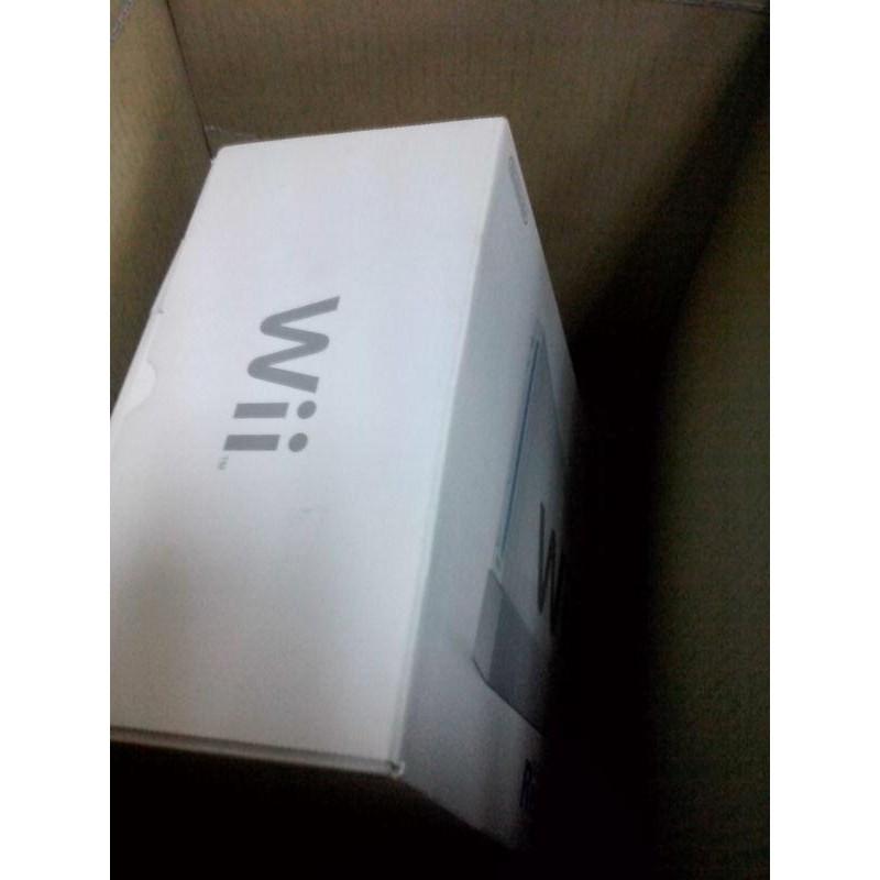 Xbox 360 4GB  Kinect 感應器 Nintendo Wii主機 Sports Resort度假勝地