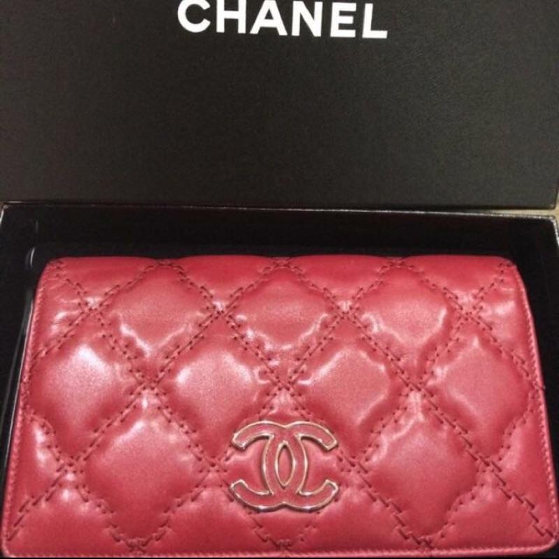 Chanel小羊皮長夾 情人節禮物首選