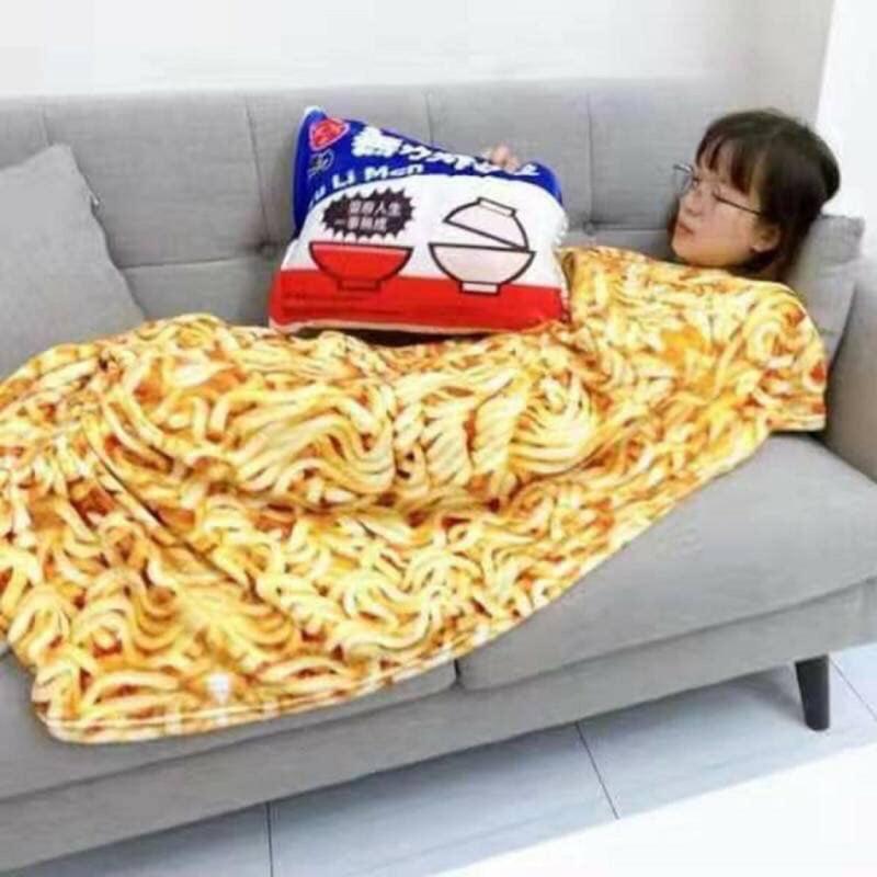 無力炸醬麵抱枕+空調毯