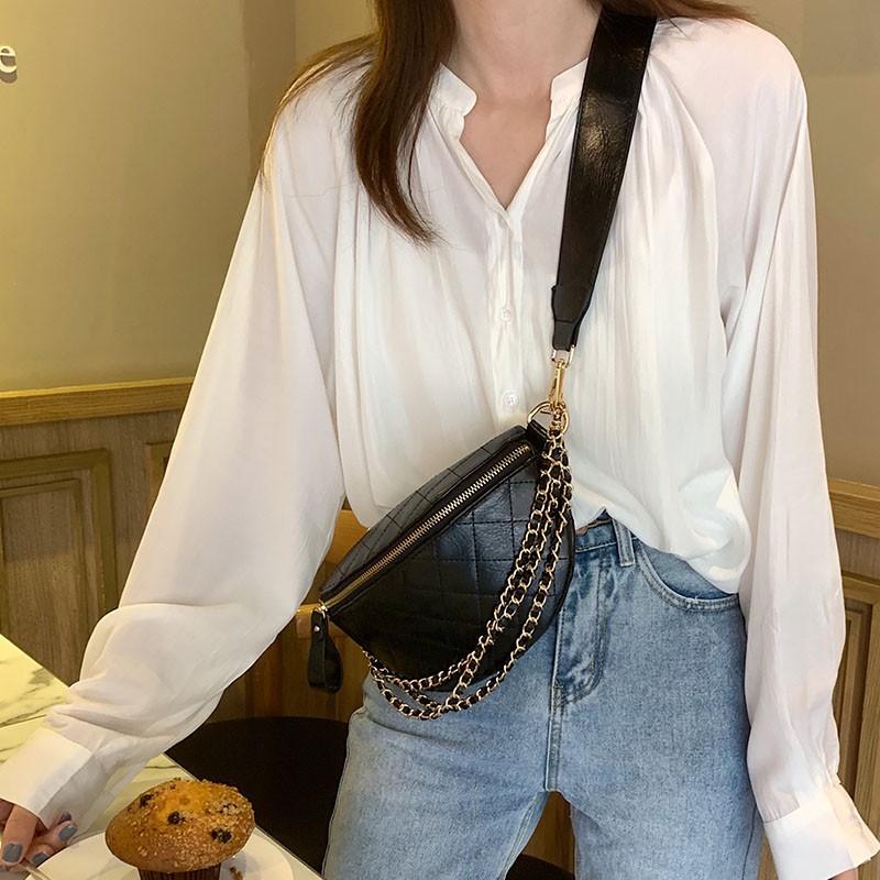 鍊條寬背帶胸背包(黑色/白色)