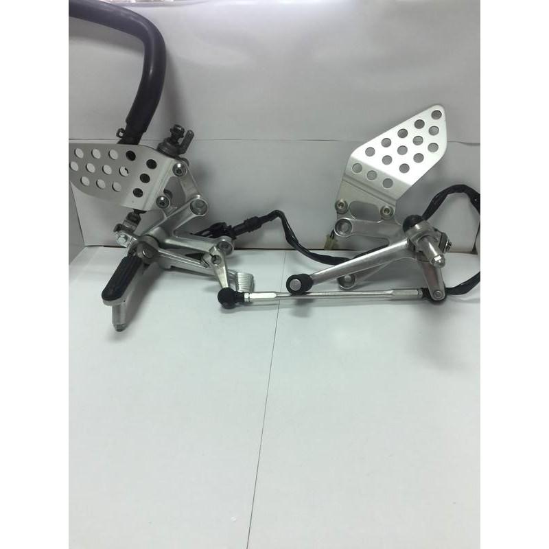 本田原廠CBR929RR/954RR腳踏 總成T1後移FZ狼KTR愛將CB300雲豹FZR酷龍AIR可改上