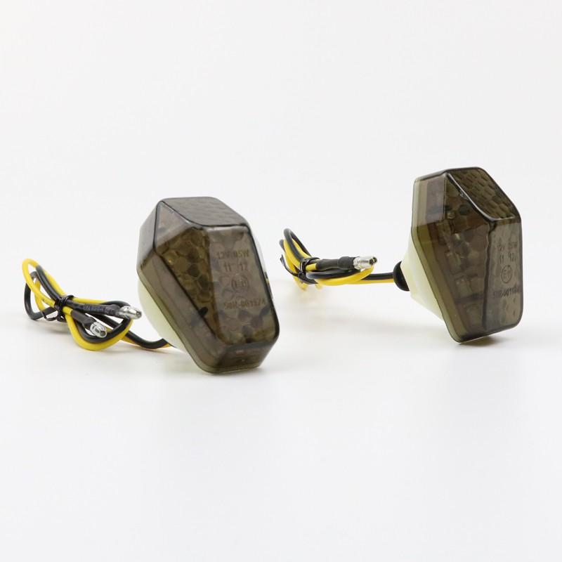 【現貨-免運】機車改裝轉向燈 摩托車方向燈 崁入式方向燈 LED轉向燈 服貼式方向燈 重機 檔車 R3 酷龍 MSX