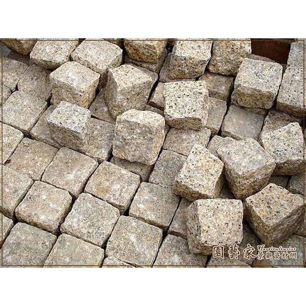 【園藝家景觀資材網】花崗石塊*黃花崗石塊10*10*10*營造造景 園藝庭園鋪設 佈置 緣路石 鋪地磚 花圃圍牆