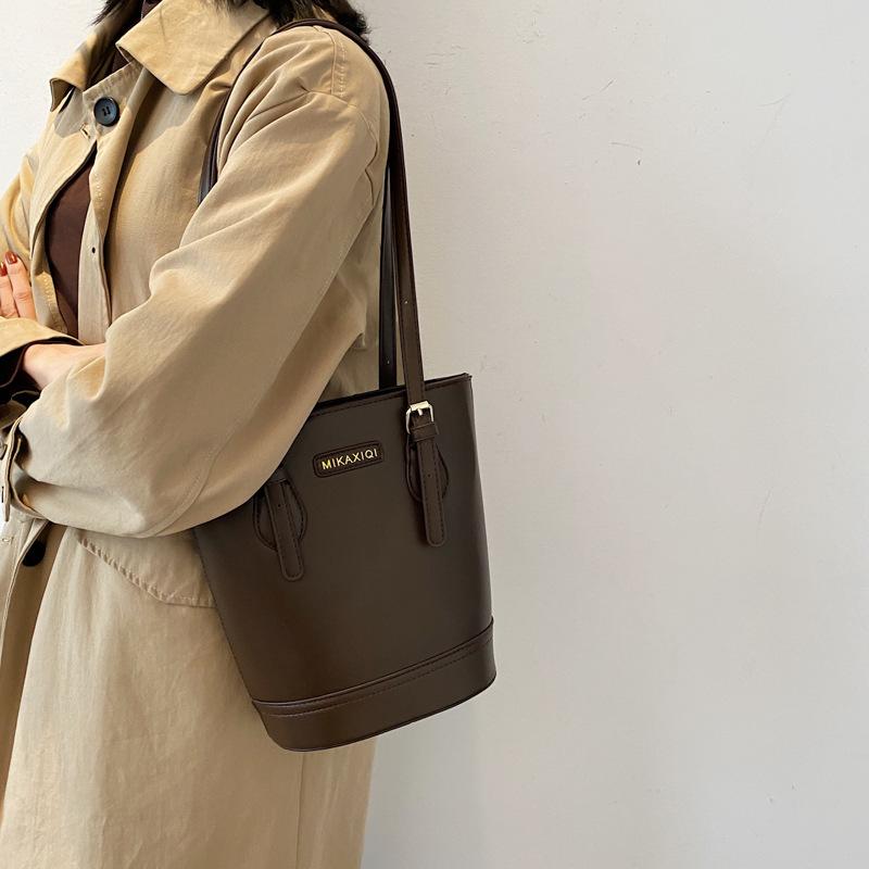 包包女2021新款韓版女包復古時尚氣質手提水桶包女士單肩水桶包潮