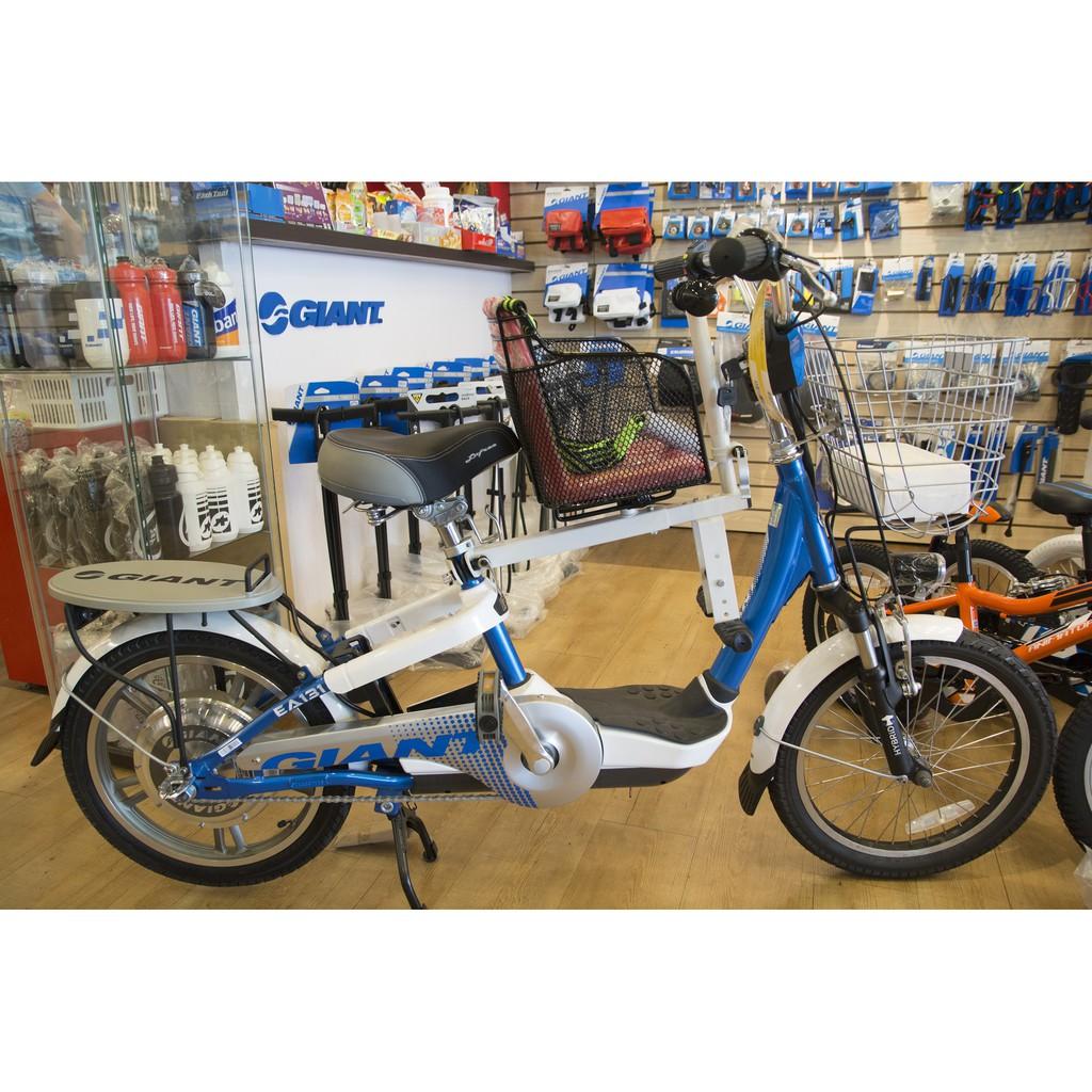 電動腳踏車兒童座椅 裝好的樣子 GIANT EA131 EA202 EA331 EA101 捷安特 安全座椅 電動自行車