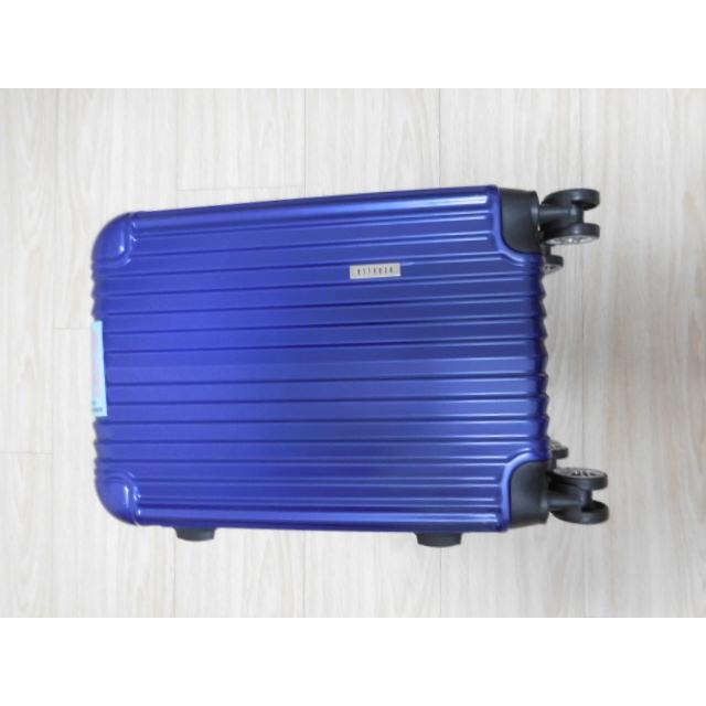 全新深藍rebacca 20吋行李箱