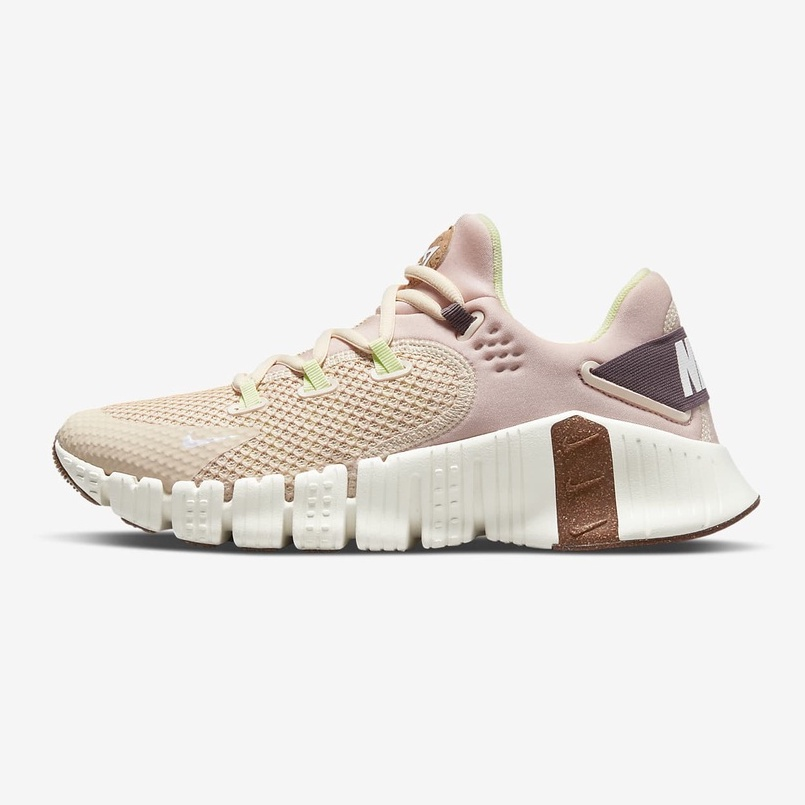 Nike Free Metcon 4 女款 沙 粉 戶外 運動 訓練鞋 DM7206-211