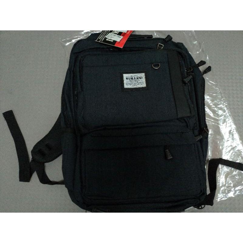 78-847【NUMANNI 奴曼尼】方型簡潔休閒功能性後背包