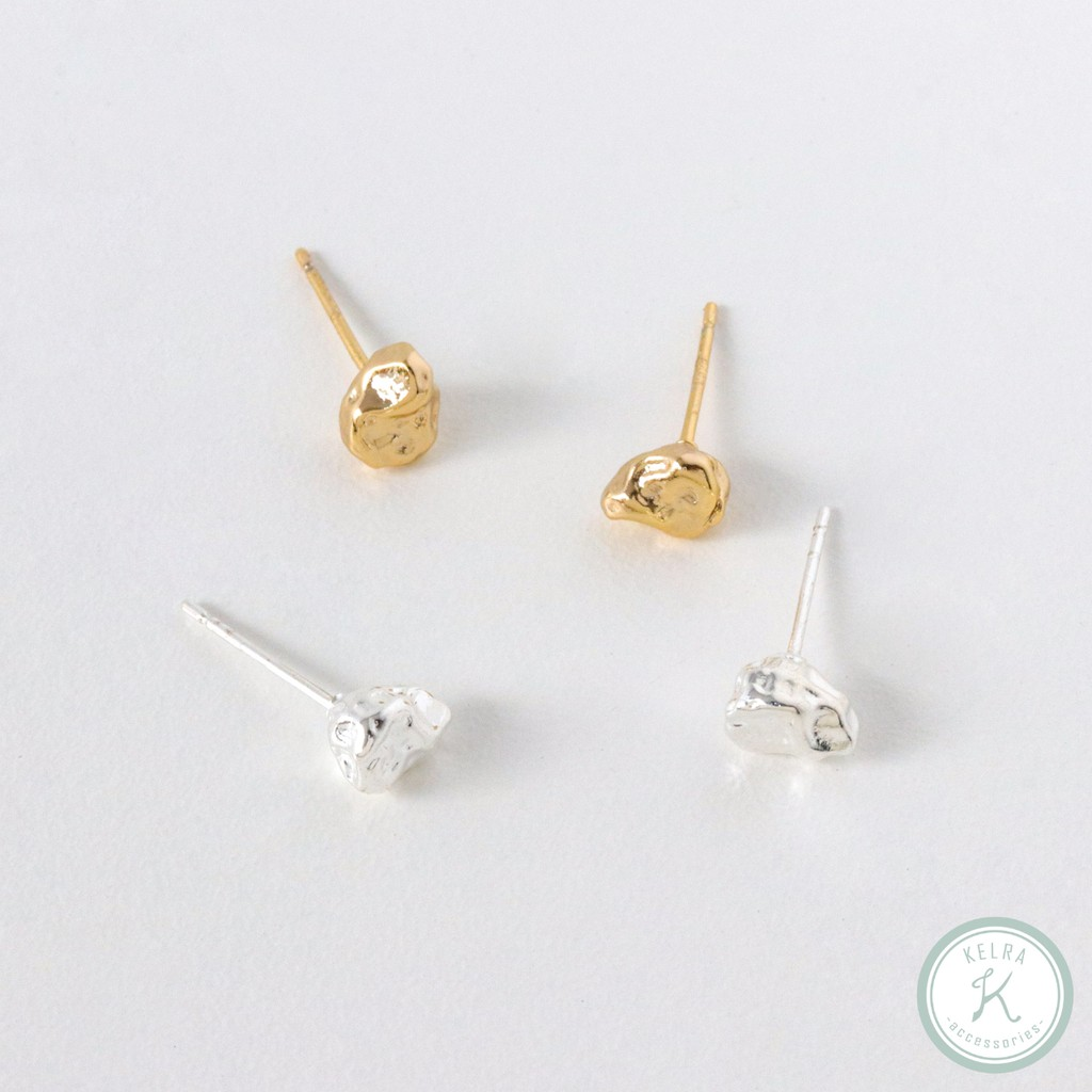 【KELRA】湖邊小石子金屬質感造型耳環 耳夾