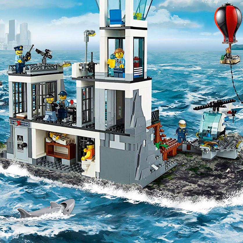 兼容樂高積木軍事城市系列海上監獄島警察局9-12歲男玩具拼裝