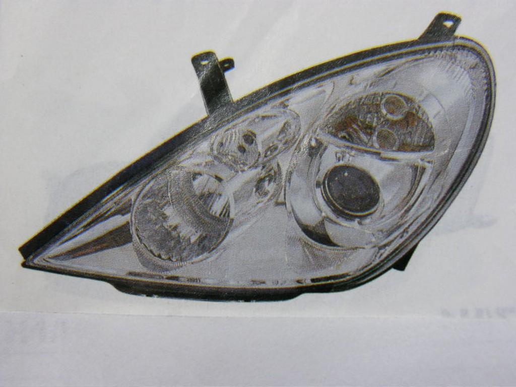 中華 三菱 GRUNDER 05 大燈 頭燈 (H1,H1) 其它YETI,SUPERME,FABIA,S3 歡迎詢問