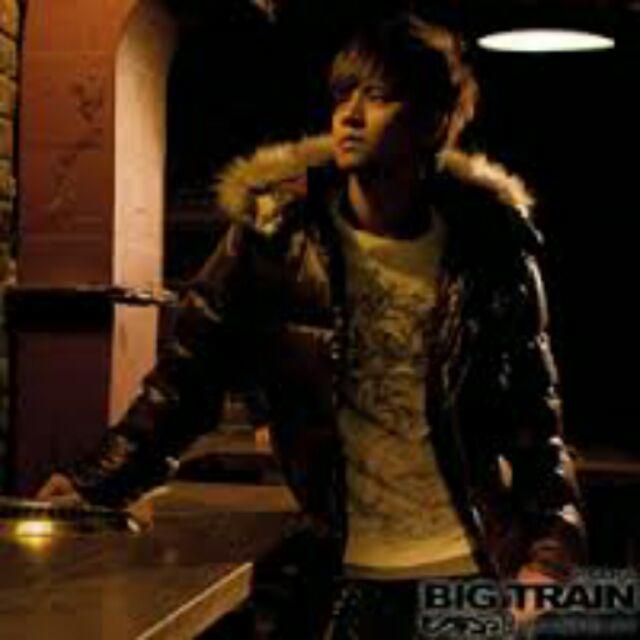 Big train 羅志翔代言 羽絨外套 磚紅
