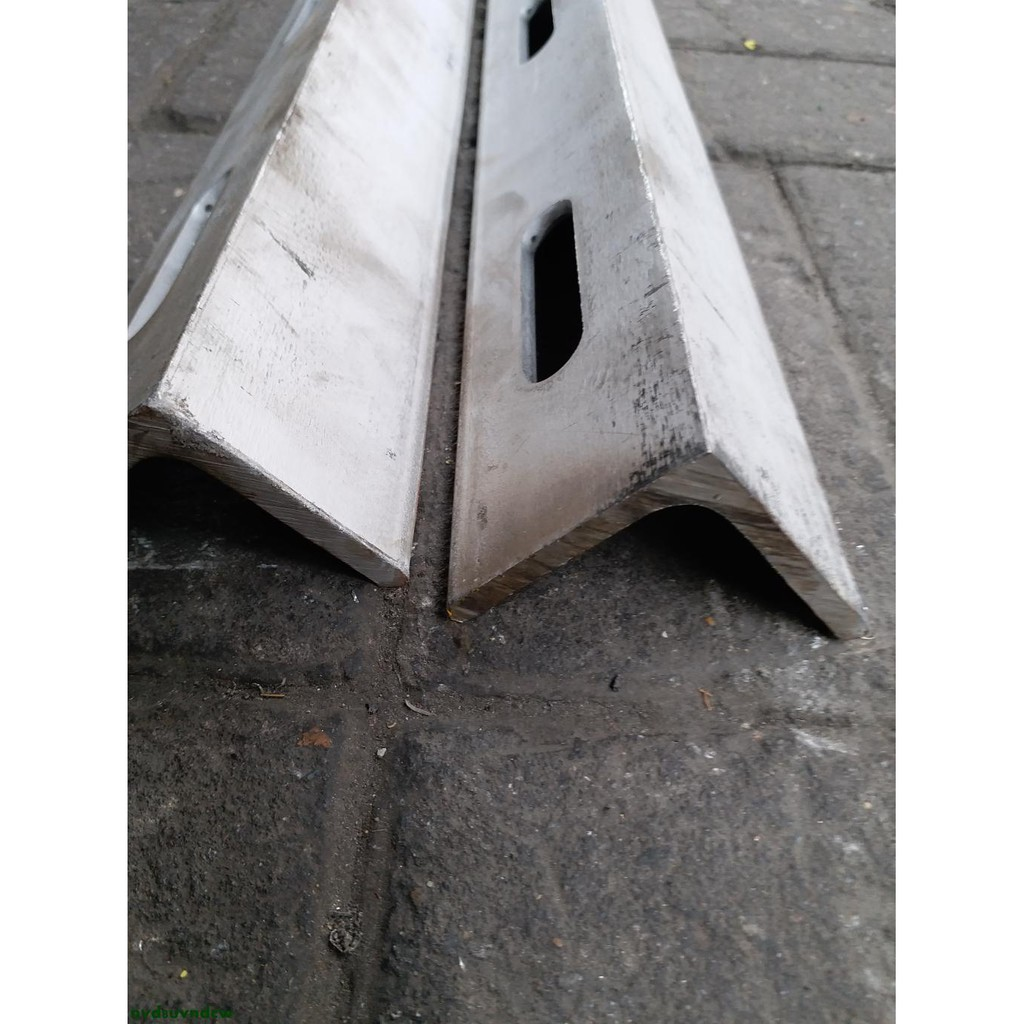 201 304 316不銹鋼角鋼 萬能角鋼 槽鋼 可根據需要沖孔非標定制