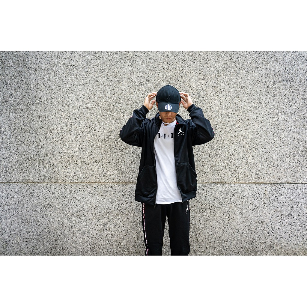 NIKE 男女 AIR JORDAN JACKET 運動外套 黑白【A-KAY0 5折】【AQ2691-010】