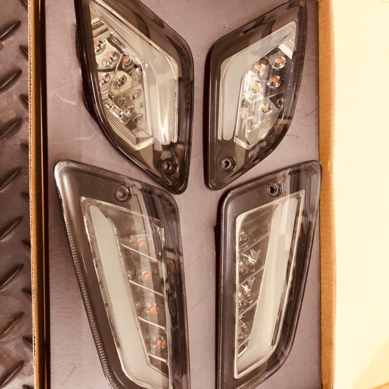 台南VOS偉士車坊-Vespa GTS GTV 燻黑/透明 LED導光方向燈組 前後 歡迎同行調貨