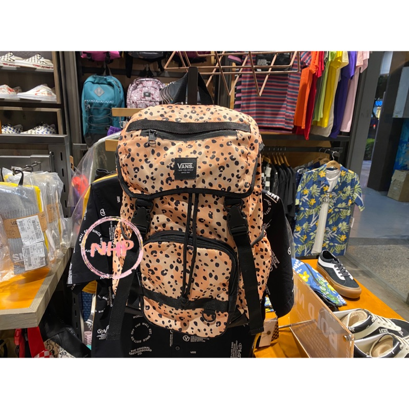 Vans Leila 聯名 後背包 束口袋 豹紋 黑橘色 休閒運動 背包