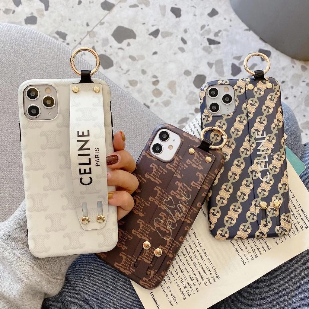 奢華潮流CELINE腕帶手機殼 適用於iPhone12 i7 i8 plus iX Xs XR 蘋果12Pro全包防摔殼