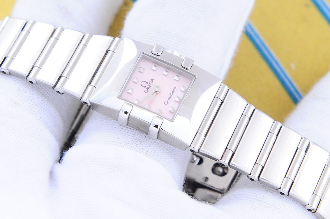 7日無理由更換【二奢】歐米茄Omega星座手表現貨二手正品鋼鏈粉方盤石英休閒女瑞士腕錶