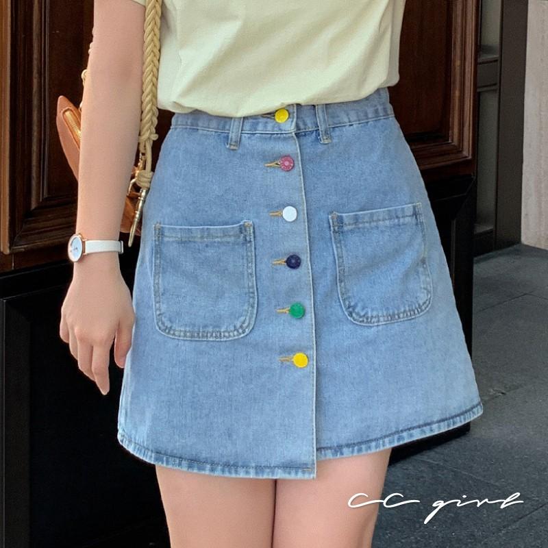 中大尺碼 俏皮彩色排釦後鬆緊牛仔短裙 - 適XL~4L《 20193 》CC-GIRL