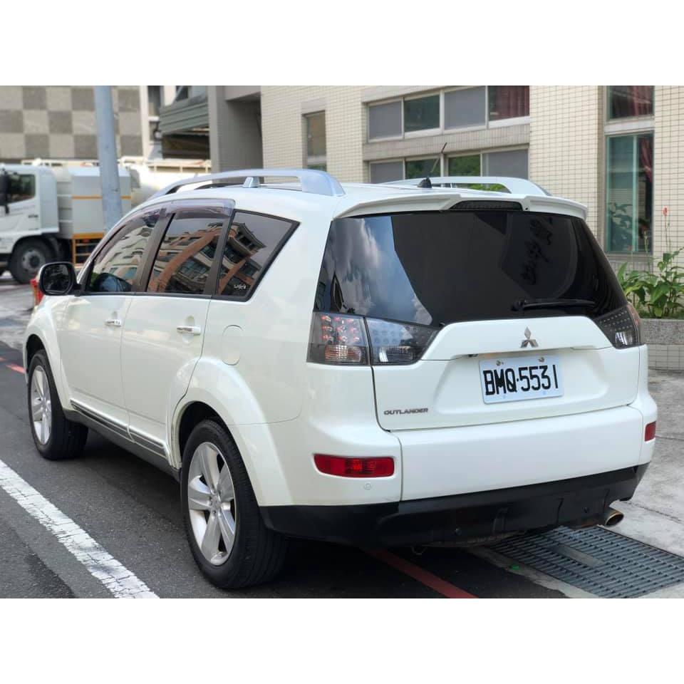 自售2010年OUTLANDER 4WD奧蘭德休旅車2.4L CRV KUGA RAV4 IX35
