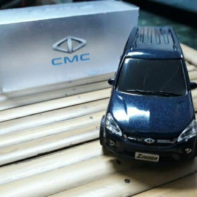 2020最新 三菱 OUTLANDER / ZINGER模型車 LED燈光 迴力車 玩具車